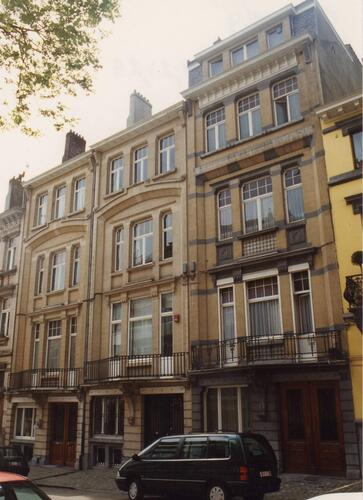 Affichage de la photo : Rue des Francs 21, 23 et 25 (photo 1994).