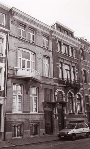 Zoom : Louis Hapstraat 213 en 215 (foto 1993).