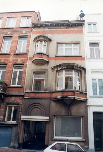 Affichage de la photo : Rue de Neufch�tel 32 (photo 1999).