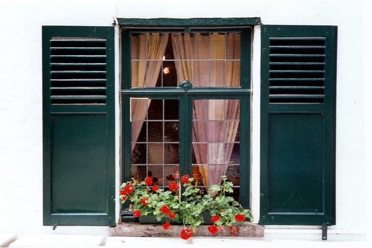 woluwe saint pierre l 39 auberge des ma eurs ancienne ferme de la famille thielemans parvis. Black Bedroom Furniture Sets. Home Design Ideas