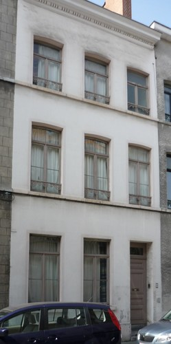 Affichage de la photo : Rue Van Aa 59, maison de la cit� Gomand conserv�e (photo 2011).