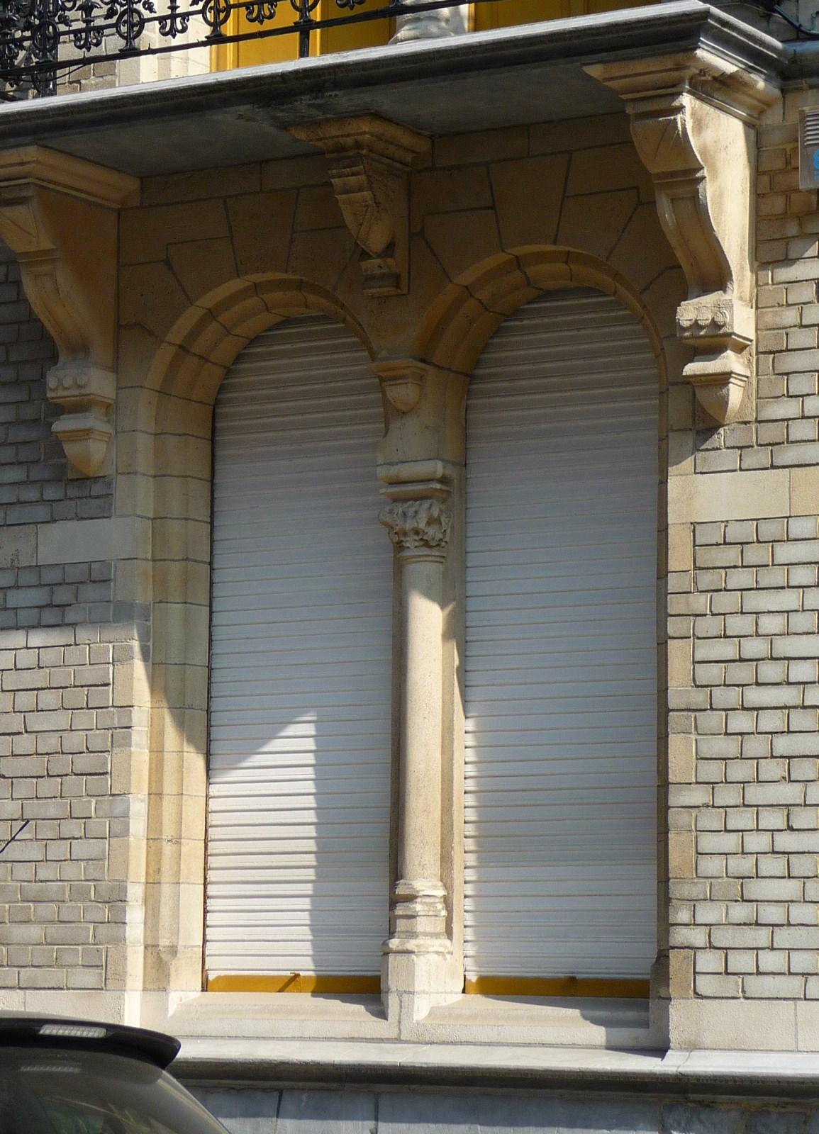 Bruxelles extension est rue hobbema 65 delvaux alphonse - Fenetre rez de chaussee ...