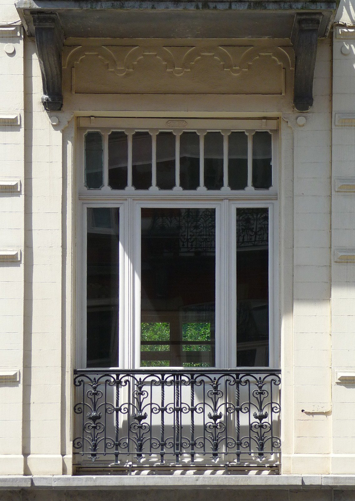 bruxelles extension est rue murillo 54. Black Bedroom Furniture Sets. Home Design Ideas