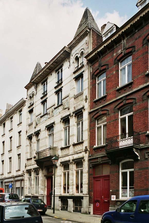 Saint gilles rue de parme 26 souchez fran ois for Rue de parme