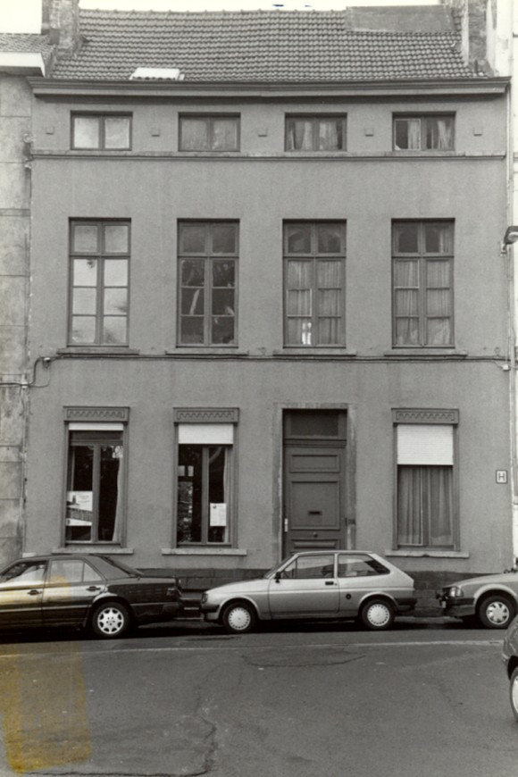 saint josse ten noode rue du moulin 36. Black Bedroom Furniture Sets. Home Design Ideas