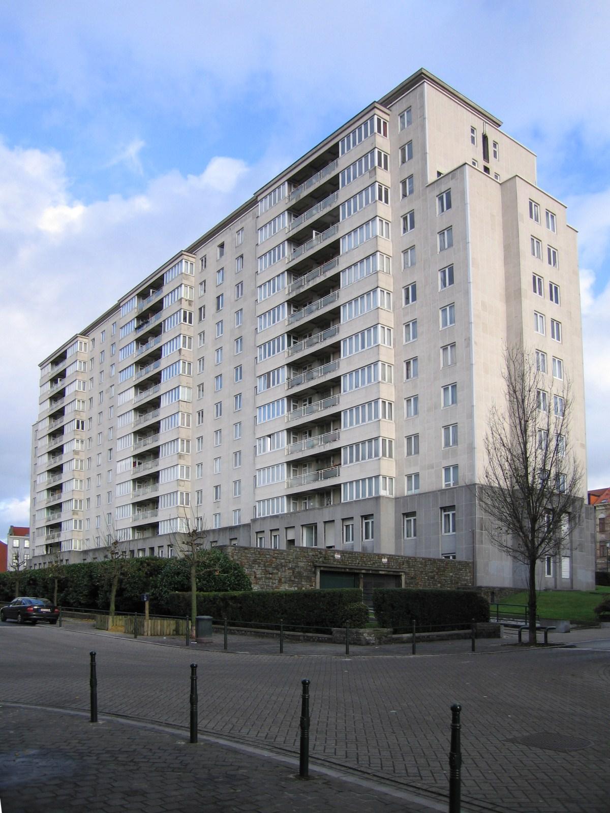 Bruxelles extension est rue luther for Architecte bruxelles