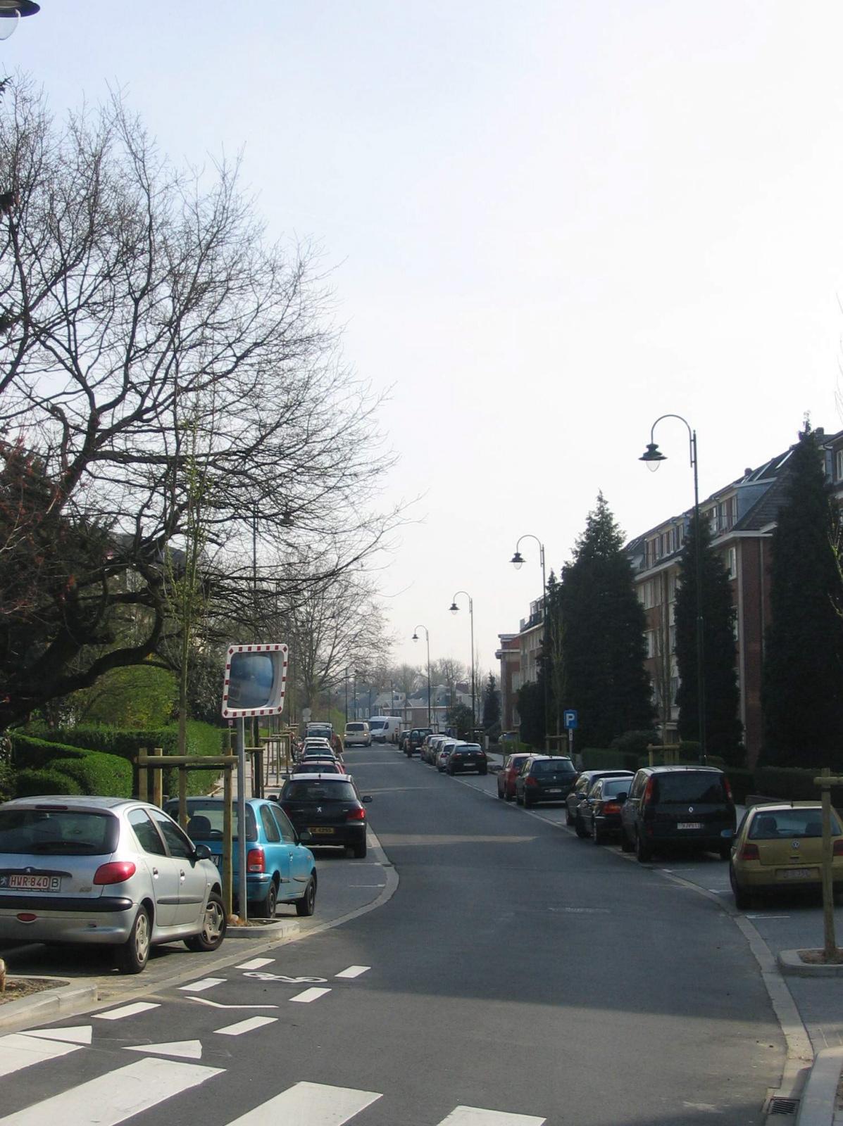 Woluwe saint pierre avenue g n ral de longueville for Piscine woluwe saint pierre